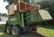 KMC WIDE BODY PEANUT COMBINE